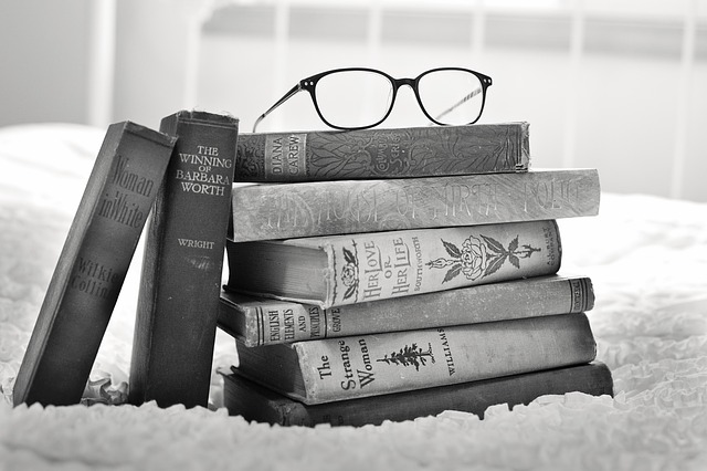 stack-of-books-1001655_640.jpg